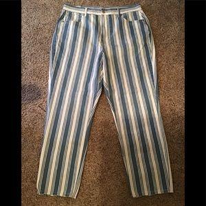 American Eagle striped mom jean